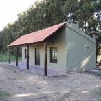 Vendo Quincho con baño, cocina, techo de tejas, lote 1.200 m2 en el Driving Golf