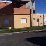 Casa 1 dorm. patio, servicios San Martín 1200 Oportunidad !!!